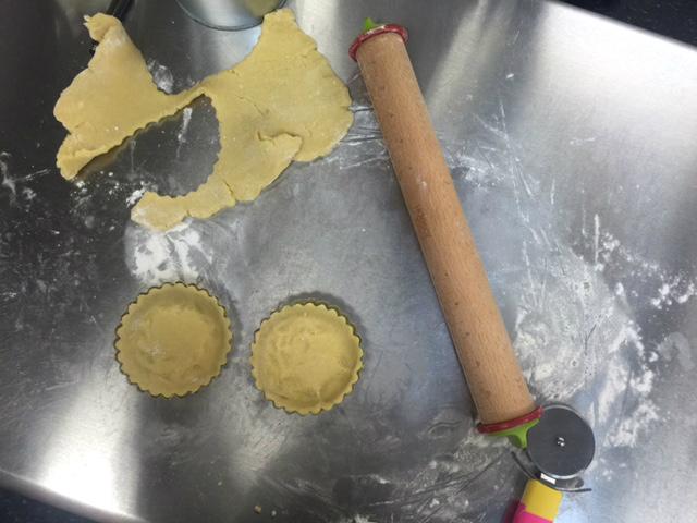 Making Lemon Tarts